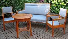 antike m bel sammeln. Black Bedroom Furniture Sets. Home Design Ideas