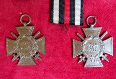 Verschiedene Weltkriegsehrenkreuze
