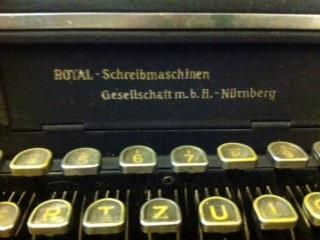 erste elektrische schreibmaschine