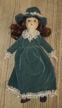 Puppen Porzellan oder Keramik 2 ältere Puppen